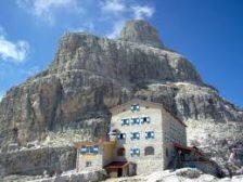 """rifugio alpino cat. d TOSA e """"TOMMASO PEDROTTI"""" 2491mt."""